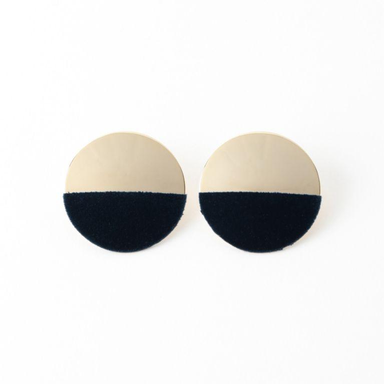 【dix】1/2Velvet Circle Earring ネイビー【ル ジュール(LE JOUR)】